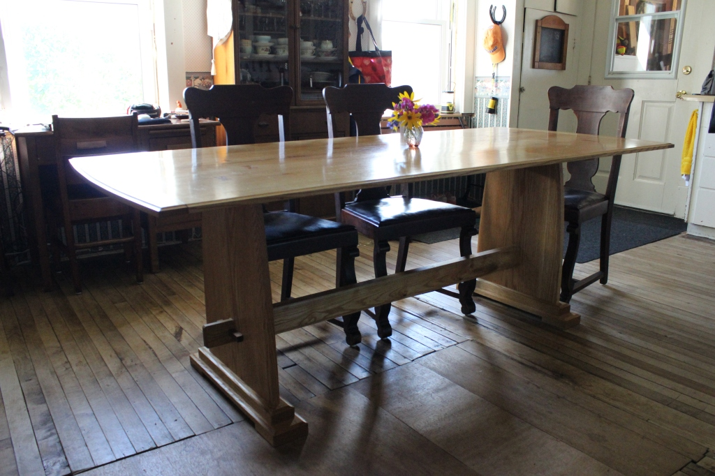 Trestle Table of red oak